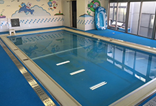 おがわ幼稚園の温水プール